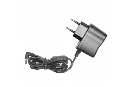 Wall charger (110 / 220 V)